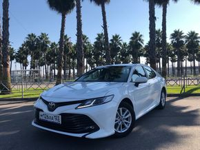 rental car photo Toyota Camry 2019, Белый Car&Go companies in Sochi